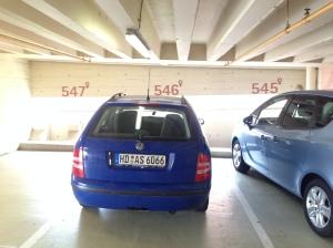 男女有別的停車場?