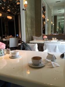 Cafe Un Deux Trois - 筆者被安排的座位