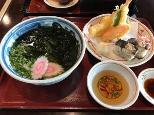 うどん本陣山田家本店 - 鯖魚壽司套餐